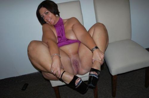 small bouncing naked boobs